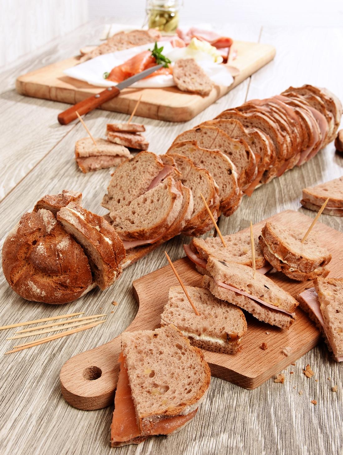 Pain aux noix 58 toasts