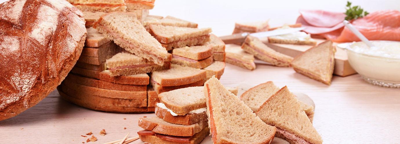 Les pains surprises pour votre apéritif par l'équipe traiteur burgard